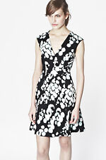 PRETTY NEW FRENCH CONNECTION OPEN PALETTE FIT & FLARE TEA DRESS ~ SZ 10 ~ 71BAL