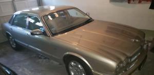 2001 Jaguar xj8 vander plas 87,740 km Asking $6,900.00