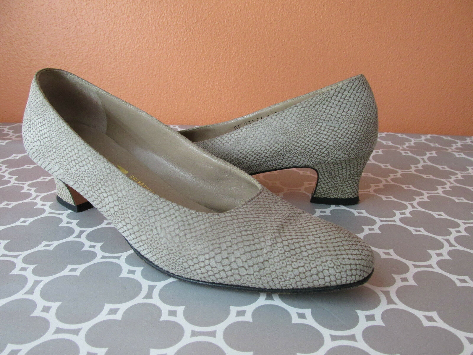 Salvatore Ferragamo Size Low 7.5N Tan Reptile Print Low Size Heel Suede Pump Shoes 57fb1d