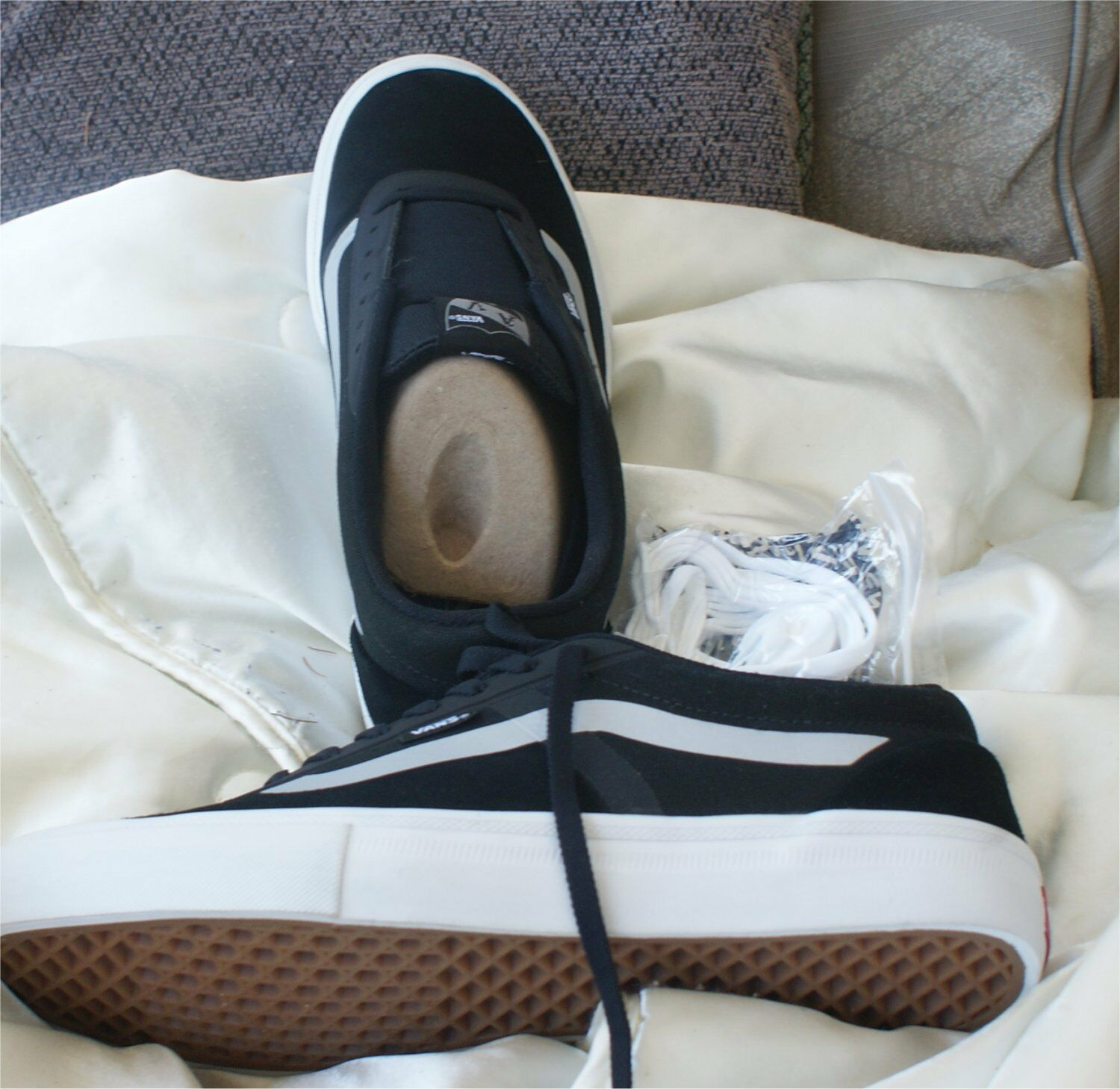 Vans Off the Wall new with out box  Black Shoes Mens 10.5  suede shoes