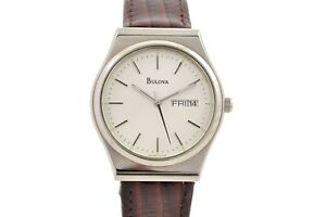 Vintage-Bulova-T7-Quartz-Stainless-Steel-Midsize-Watch-1083