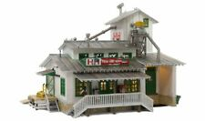 WOODLAND SCENICS LIGHTED H/&H FEED MILL BUILT /& READY O GAUGE train lit WDS5859