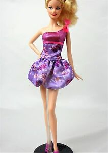 Barbie Fashionista Violet Floral Une Épaule Ballon Jupe Robe-no Doll-afficher Le Titre D'origine