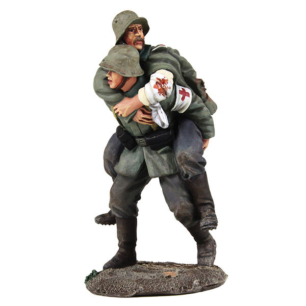 BRITAINS WORLD WAR 1 1 1 23095 1916-1918 GERMAN MEDIC CARRYING WOUNDED SOLDIER MIB ee79de