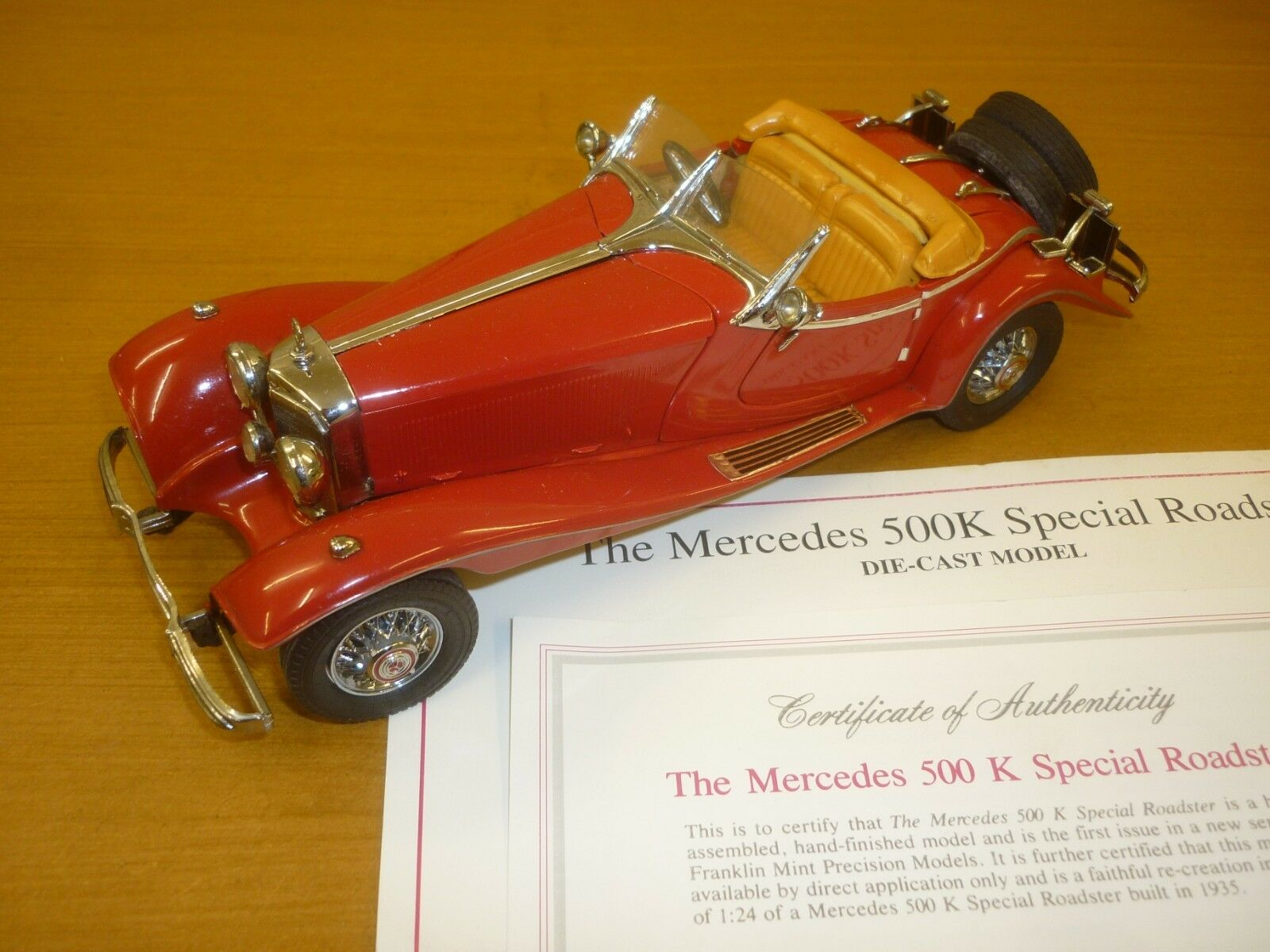 A Franklin mint scale model of a 1935 Mercedes Benz 500K