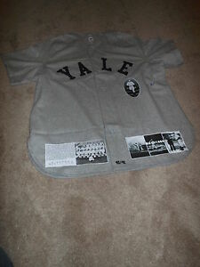 President George H W Bush Autographed Signed Yale Flannel Xl