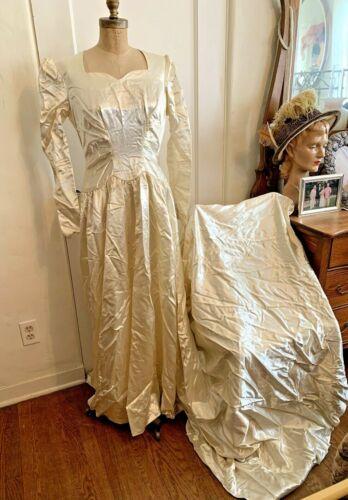 Antique Ivory Satin Wedding Gown Dress
