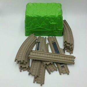 Thomas the Tank Engine Tunnel Trackmaster A Green and 12 Tan Track Expansion Set