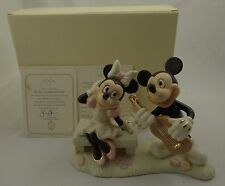 LENOX ~ WALT DISNEY SHOWCASE COLLECTION~MICKEY'S SWEETHEART SERENADE 6405583~NEW