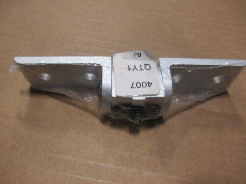 80//20 Inc T-Slot Aluminum 10 Series Right Angle Pivot Nub Assembly #4007 E2-12
