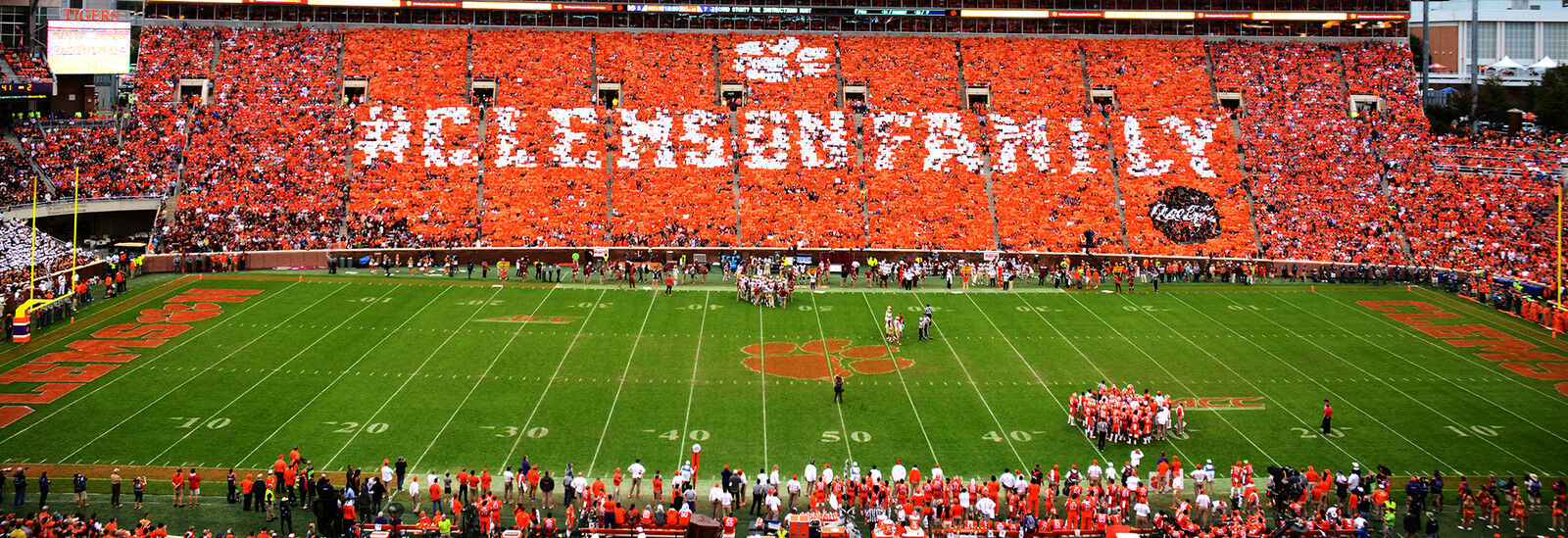 Auburn Tigers at Clemson Tigers Football
