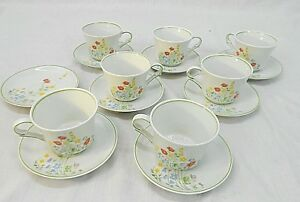 FAVOLINA, ENGLISH FLOWERS PATTERN, 7 DEMITASSE CUPS AND SAUCERS