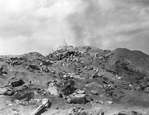 OLD-LARGE-MILITARY-PHOTO-WWII-Battle-Iwo-Jima-Soldiers-killed-on-the-beach