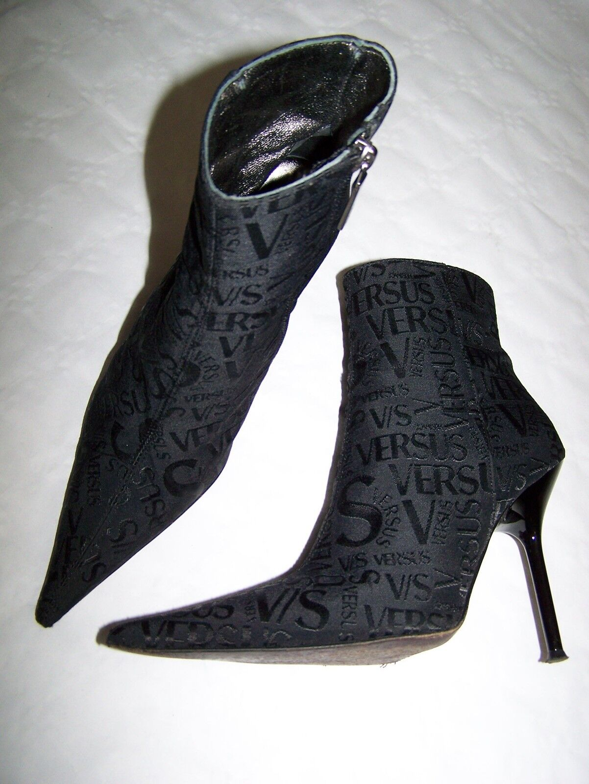 STIVALI TRONCHETTI  VERSUS GIANNI VERSACE  BOOTS  n°37  MADE IN ITALY