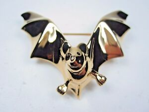 D-039-Orlan-Gold-Plated-Bat-Brooch-with-Swarovski-Crystals-1100
