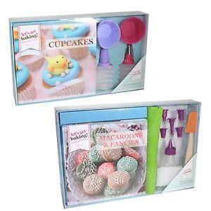 Lets-Get-Backen-Rezeptbuch-amp-Zubehoerset-Cupcake-oder-Makronen-amp-Fantasien