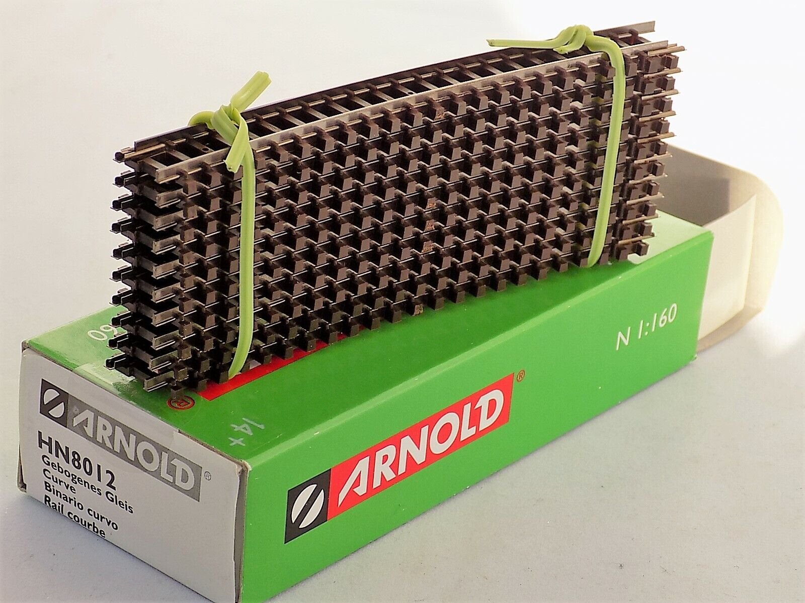 Arnold HN8012 10 Gebogene Gleise Radius 4 15° Neu.