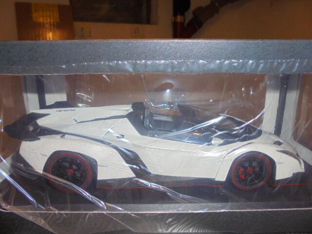 Kyosho 09502w Lamborghini Veneno Roadster Blanco/Rojo Metálico - 1:18 #