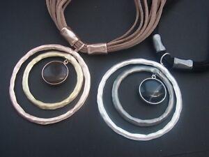 Kette-Halskette-Kurze-Kette-Hasband-Lederband-mit-mehreren-Schnueren-und-Anhaenger
