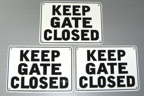 "METAL 3 SIGN SET /""KEEP GATE CLOSED/"" WARNING SIGN"