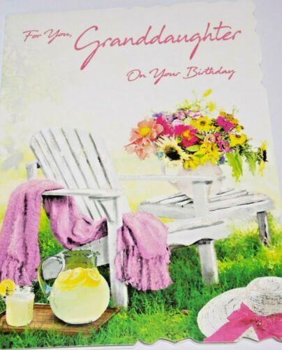 PRINTEMPS SAISON DES CARTES. PETITE FILLE CARTE D/'ANNIVERSAIRE chaise de jardin thème