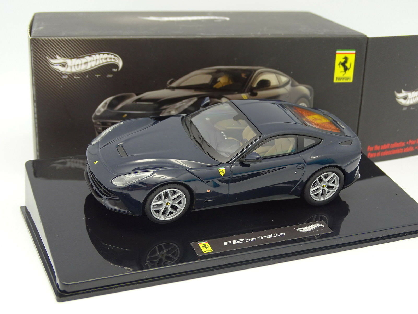 Hot Wheels  - Ferrari F12 Berlinetta blue