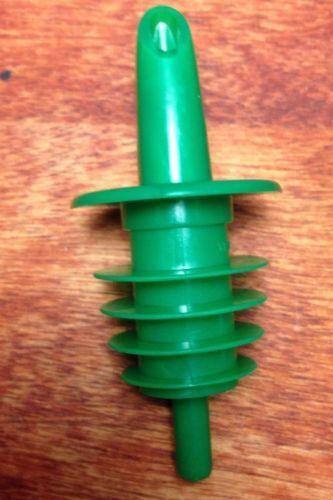 12 count GREEN FREE POUR LIQUOR BAR BOTTLE POURERS PLASTIC HOME BAR