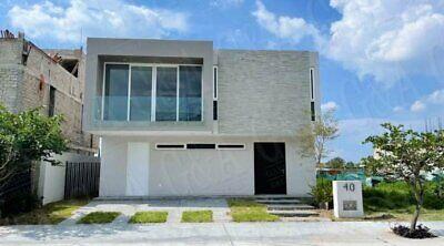 Casa en renta Col. El Bajio Habitat 2. Zapopan, Jalisco.