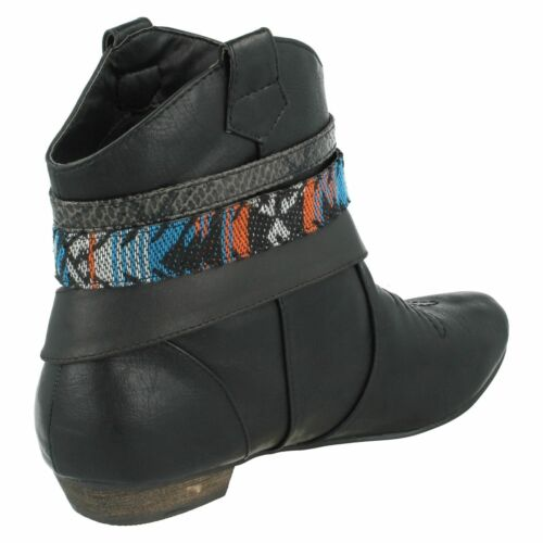 R36B Spot On L8R626 Ladies Black Cowboy Pull-On Ankle Boots w//Ankle Straps