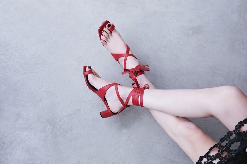 Donna Strappy Rome Fashion Block Heels Gladiator Gladiator Gladiator Sandals Thong scarpe Plus Dimensione a7e996