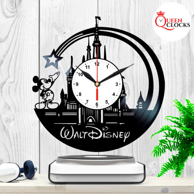 Walt Disney Mickey Mouse Wall Clock  Makes Great Gifts