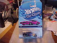 Hot Wheels Cool Classics '32 Ford on Pink Car Card