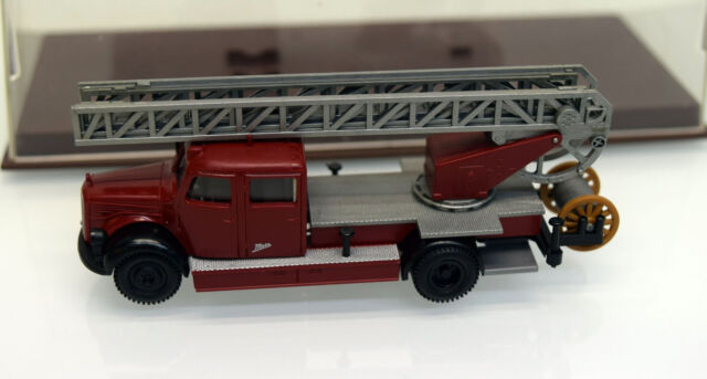1//87 Brekina MB 311 Feuerwehr DL Drehleiter dunkelrot # 3 4032