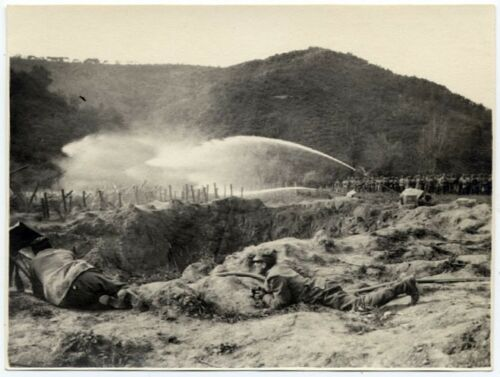 First World War Italy Carso During the battle Spraying flammable liquids 191518