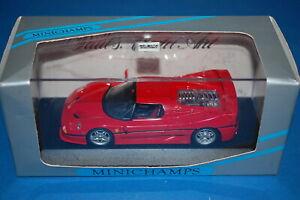 Minichamps-FERRARI-F50-1995-Red-scala-1-43