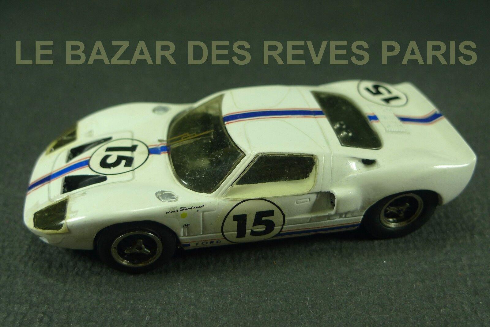 TENARIV. FORD GT 40.  LE MANS 1966.   Kit résine monté. échelle 1 43