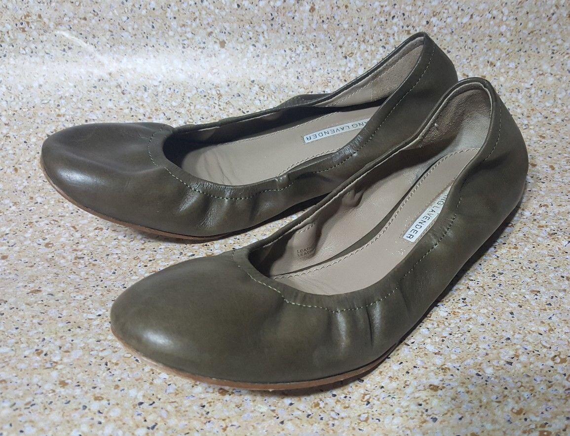 VERA WANG LAVENDER BALLET FLATS BROWN LEATHER SLIP ON Damenschuhe Schuhe 6.5 M