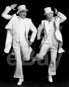 The-Morecambe-and-Wise-Show-TV-Eric-Morecambe-Ernie-Wise-10x8-Photo