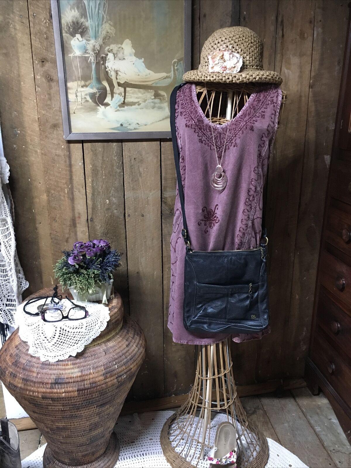 THE SAK IRIS Leather Crossbody Messenger Handbag Bag BLACK purse