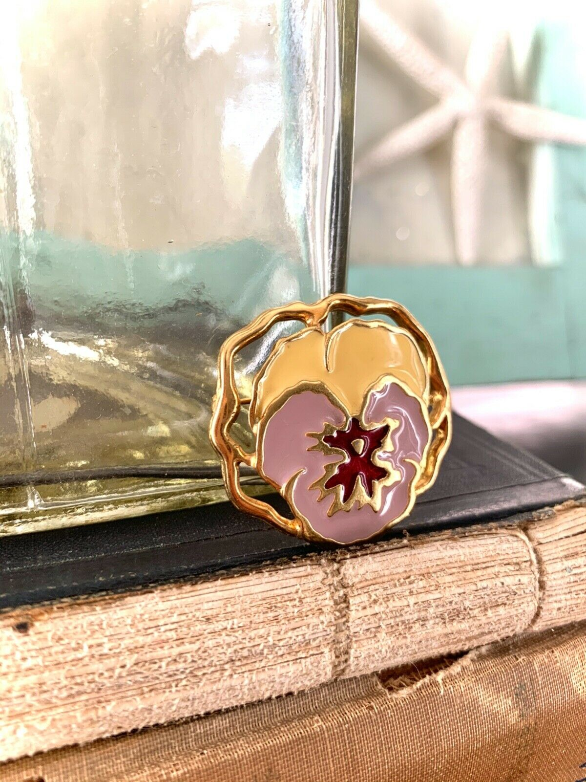 Vintage Gold Plated and Enamel Purple Pansy Pin, … - image 5