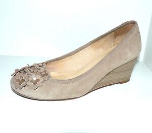 04f1bdd2a25 UNISA Wedges Pumps Damen Schuhe 36 UK 3,5 beige Wildleder Slipper ...