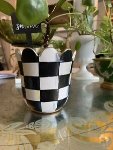 Scalloped Ceramic Gingham Handpainted Pot Plants  Black Buffalo Check
