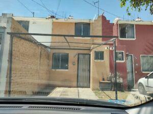 Excelente casa en venta cerca de Real Center