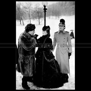 Photo F.008564 ROMY SCHNEIDER HELMUT BERGER LUCHINO VISCONTI (LUDWIG) 1973