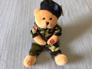 039-ARMY-GOES-ROLLING-ALONG-039-Chantilly-Singing-Teddy-Bear