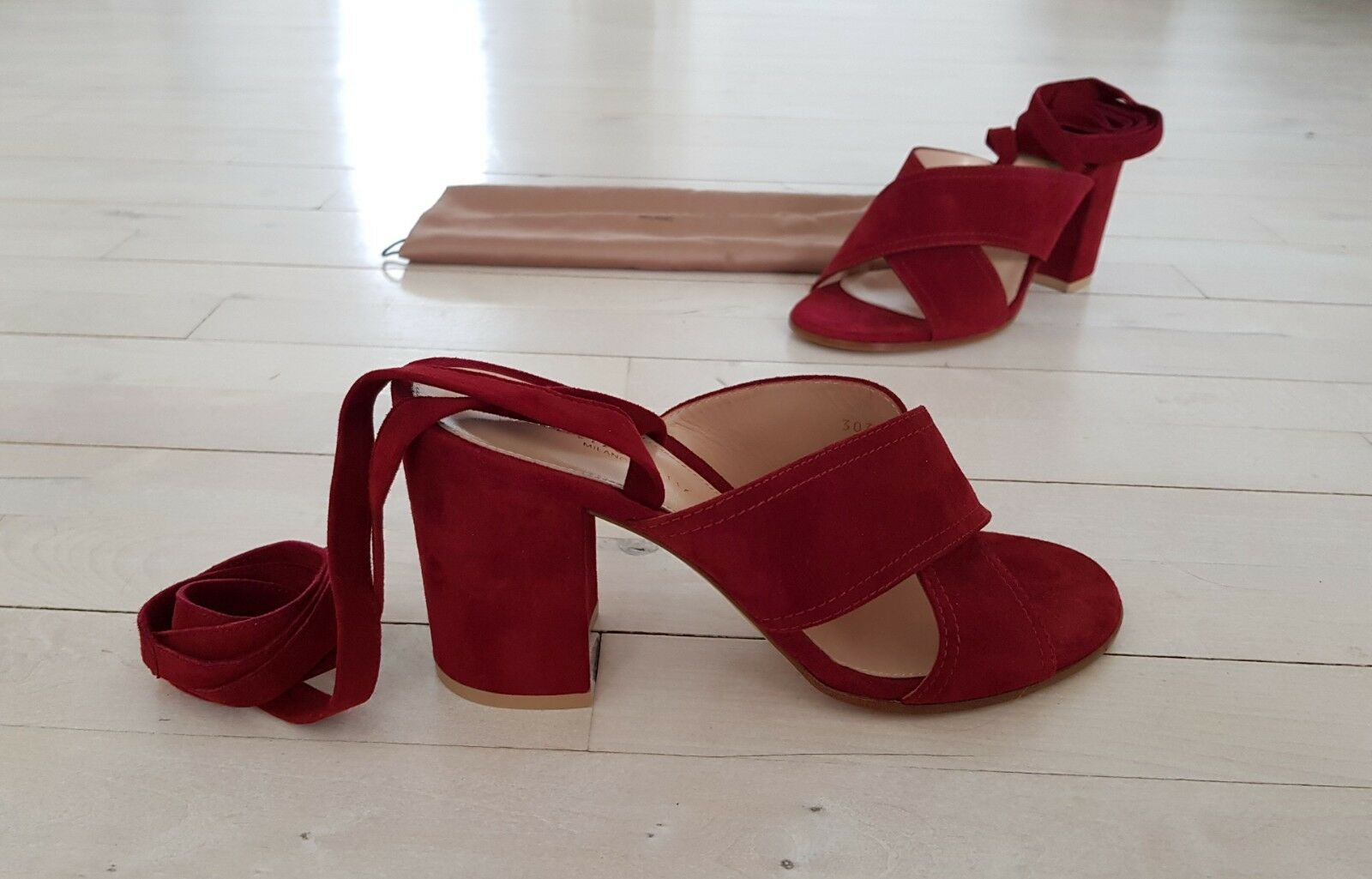 Gianvito Rossi rot Suede Criss Cross Lace Lace Lace Up Block Heels Sandals a44a71