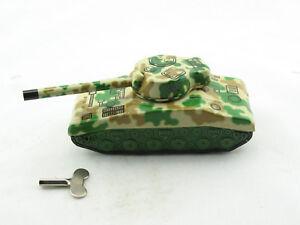 Blechspielzeug - Panzer in Tarnfarbe Sherman Tank  3890474