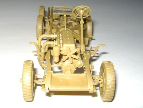 German Car with Passengers Plastic Kit 1//35 ICM 35531 G4 1939 production
