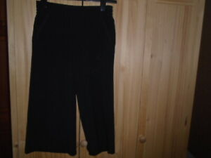 1-Black-culottes-cropped-trousers-long-shorts-NEXT-size-8