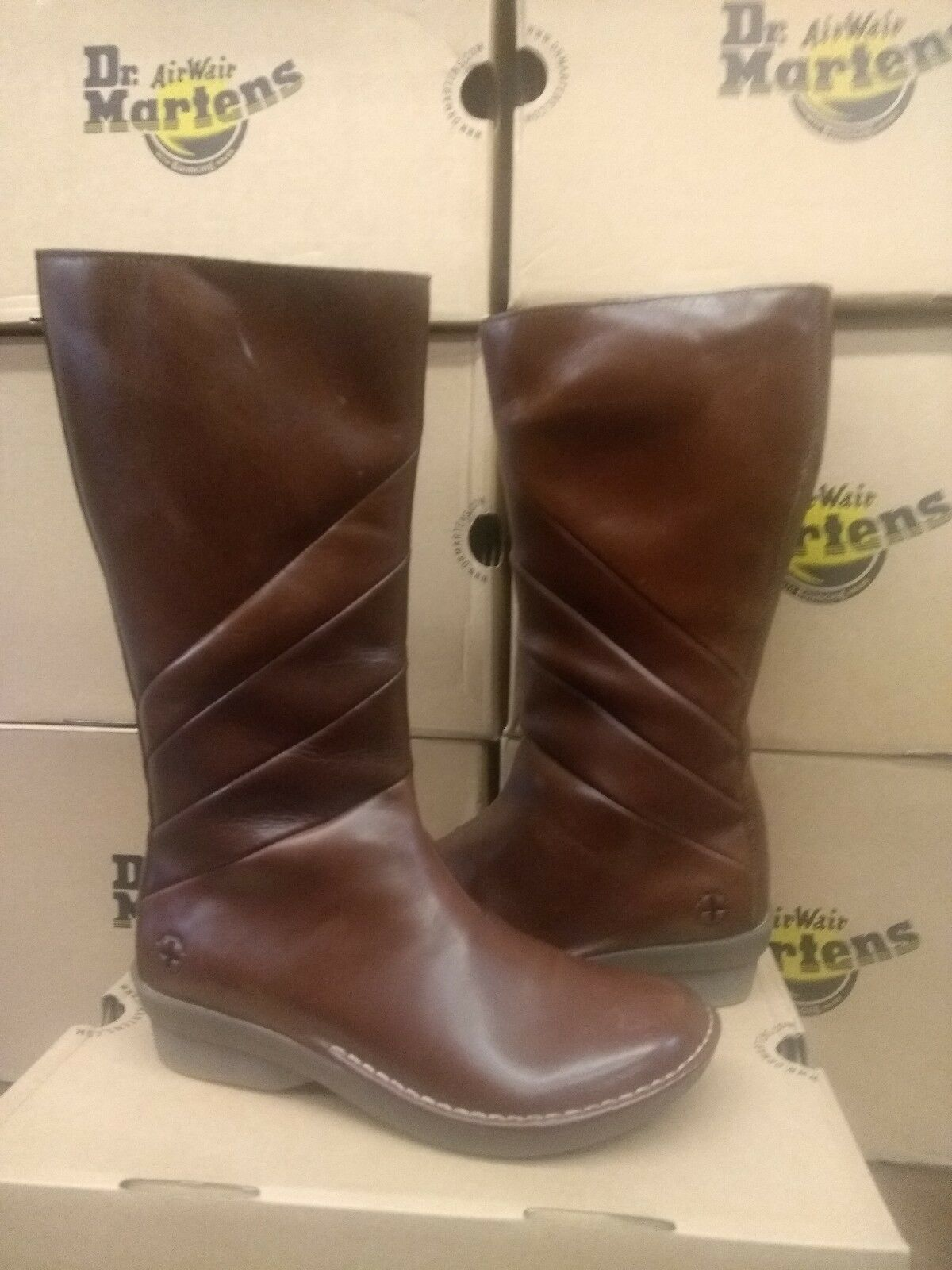 DR 5 MARTENS NEEMA BROWN SIZE 5 DR 5a9db1